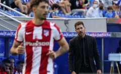 Dikalahkan Liverpool, Diego Simeone abaikan jabat tangan Jurgen Klopp